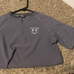 Shirt with zipper